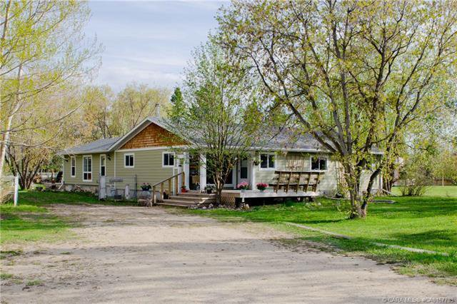 Bungalow ~ Main floor - 2302 square feet, 70 Lakeview Avenue, Gull Lake, AB