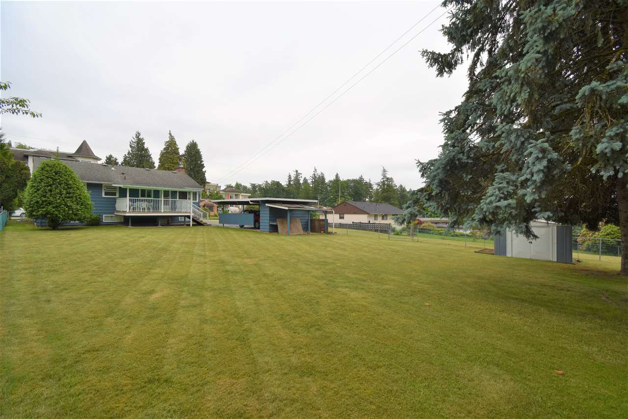 Photo 17: Photos: 7547 BRISKHAM Street in Mission: Mission BC House for sale : MLS®# R2374462