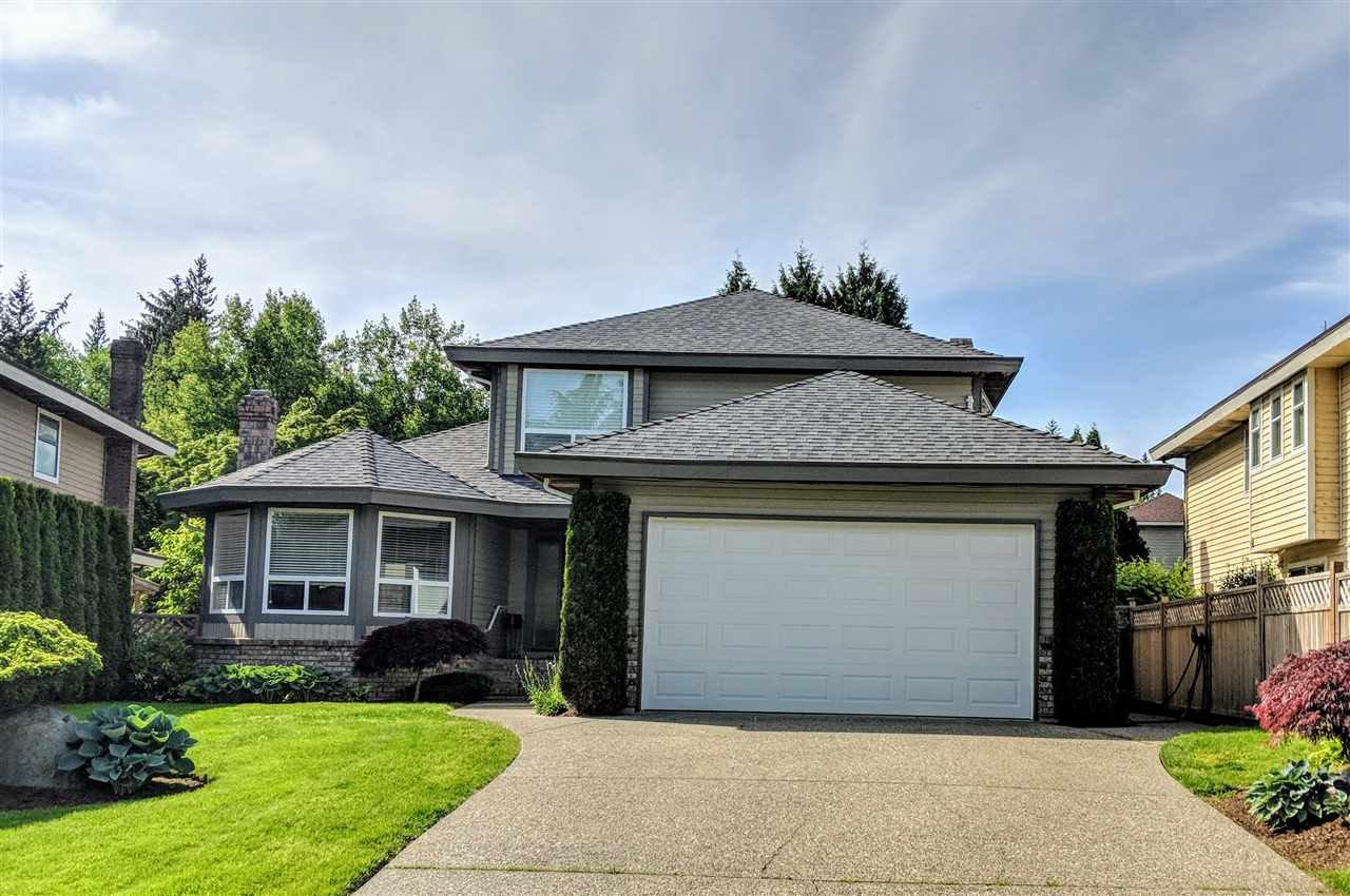 "Main Photo: 10725 GLENWOOD Drive in Surrey: Fraser Heights House for sale in ""FRASER GLEN"" (North Surrey)  : MLS®# R2377811"