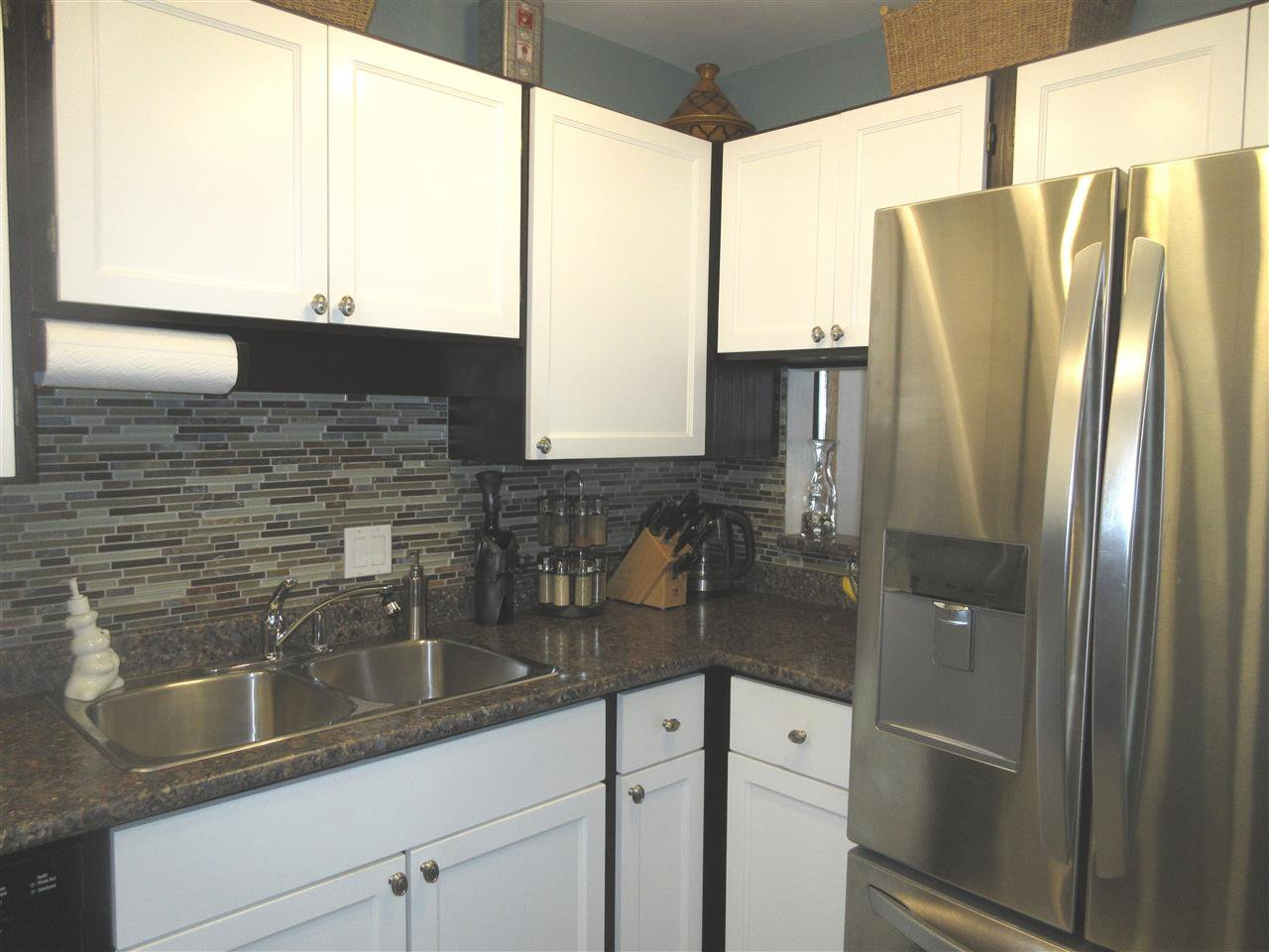 """Main Photo: 206 1055 W 13TH Avenue in Vancouver: Fairview VW Condo for sale in """"OAK WEST"""" (Vancouver West)  : MLS®# R2380778"""