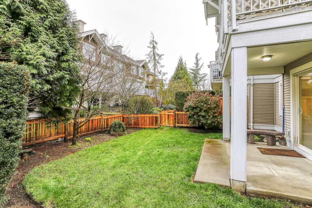 "Photo 18: Photos: 82 20760 DUNCAN Way in Langley: Langley City Townhouse for sale in ""WYNDHAM LANE"" : MLS®# R2442242"
