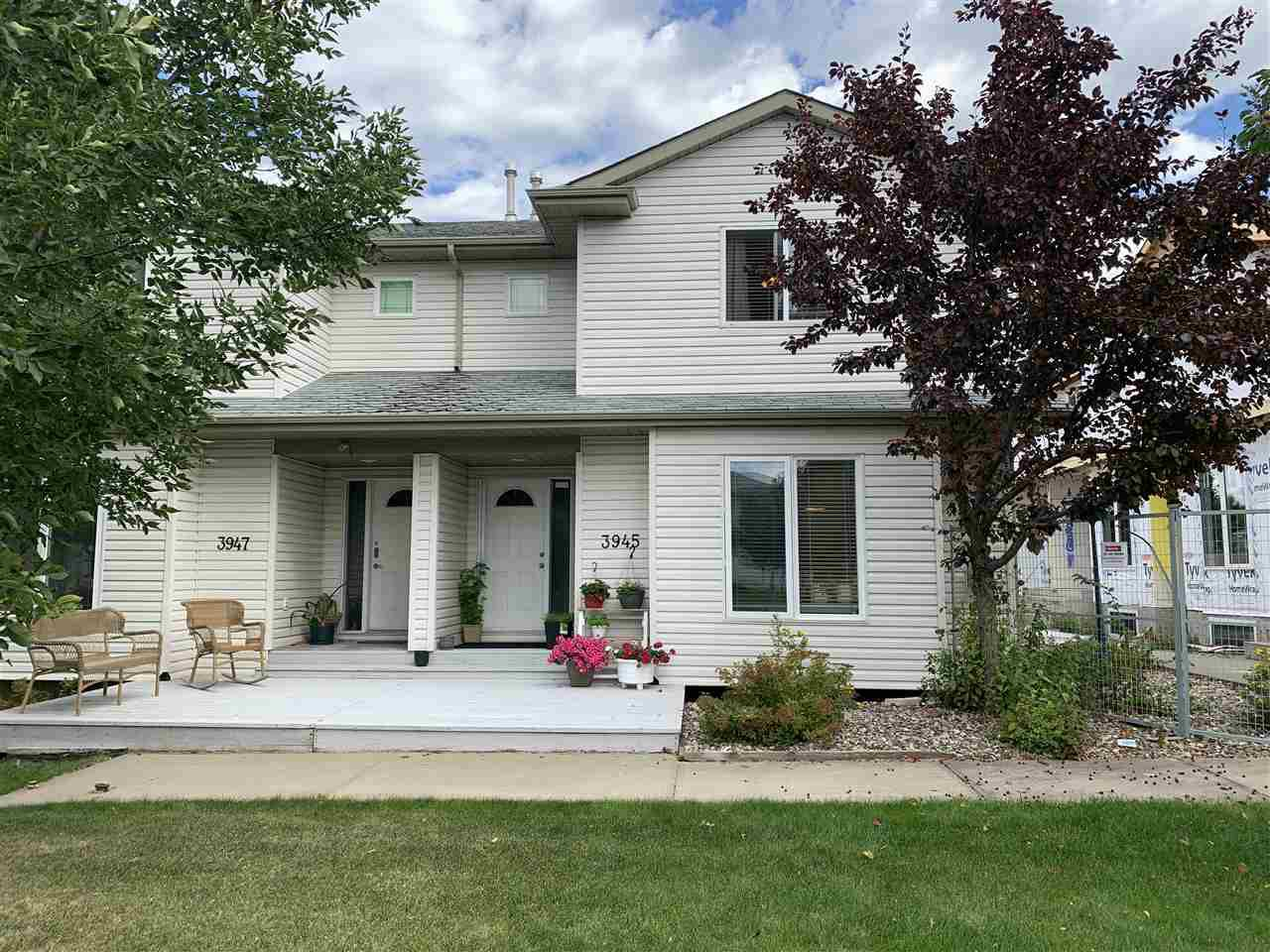 Main Photo: 3945 38 Street in Edmonton: Zone 29 House Half Duplex for sale : MLS®# E4214230