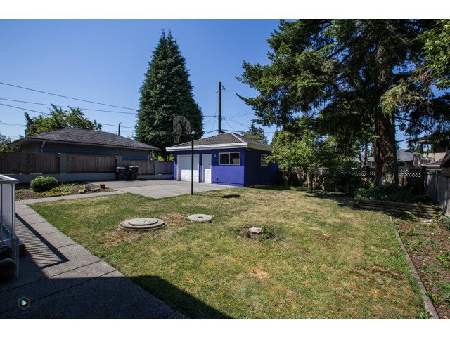 Photo 20: Photos: 6463 LAKEVIEW Avenue in Burnaby: Upper Deer Lake House for sale (Burnaby South)  : MLS®# V1084400