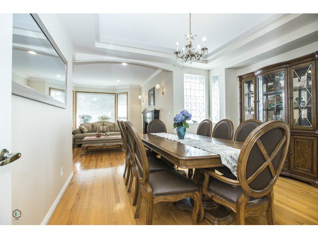 Photo 6: Photos: 6463 LAKEVIEW Avenue in Burnaby: Upper Deer Lake House for sale (Burnaby South)  : MLS®# V1084400