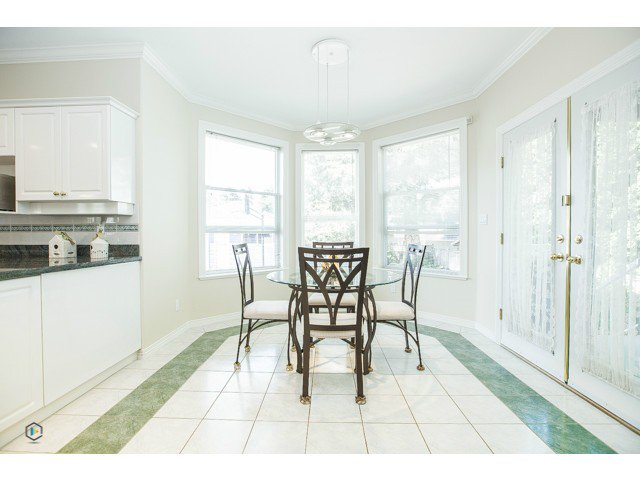 Photo 10: Photos: 6463 LAKEVIEW Avenue in Burnaby: Upper Deer Lake House for sale (Burnaby South)  : MLS®# V1084400