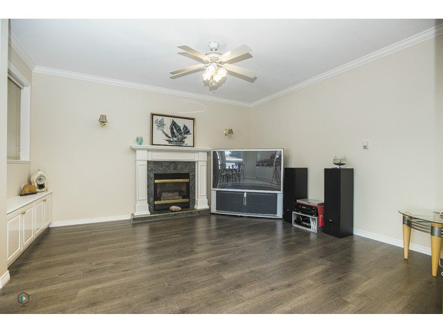 Photo 11: Photos: 6463 LAKEVIEW Avenue in Burnaby: Upper Deer Lake House for sale (Burnaby South)  : MLS®# V1084400