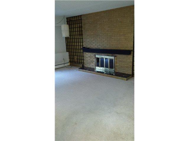 Photo 4: Photos: 101 1290 MARTIN Street: White Rock Condo for sale (South Surrey White Rock)  : MLS®# F1428850