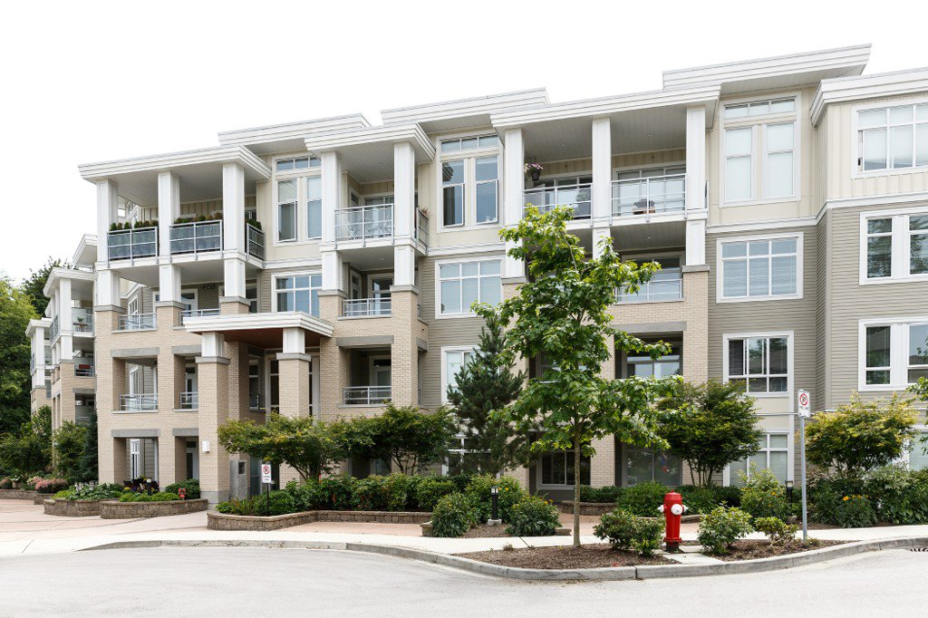 Main Photo: # 413 15428 31ST AV in Surrey: Grandview Surrey Condo for sale ()  : MLS®# F1425127