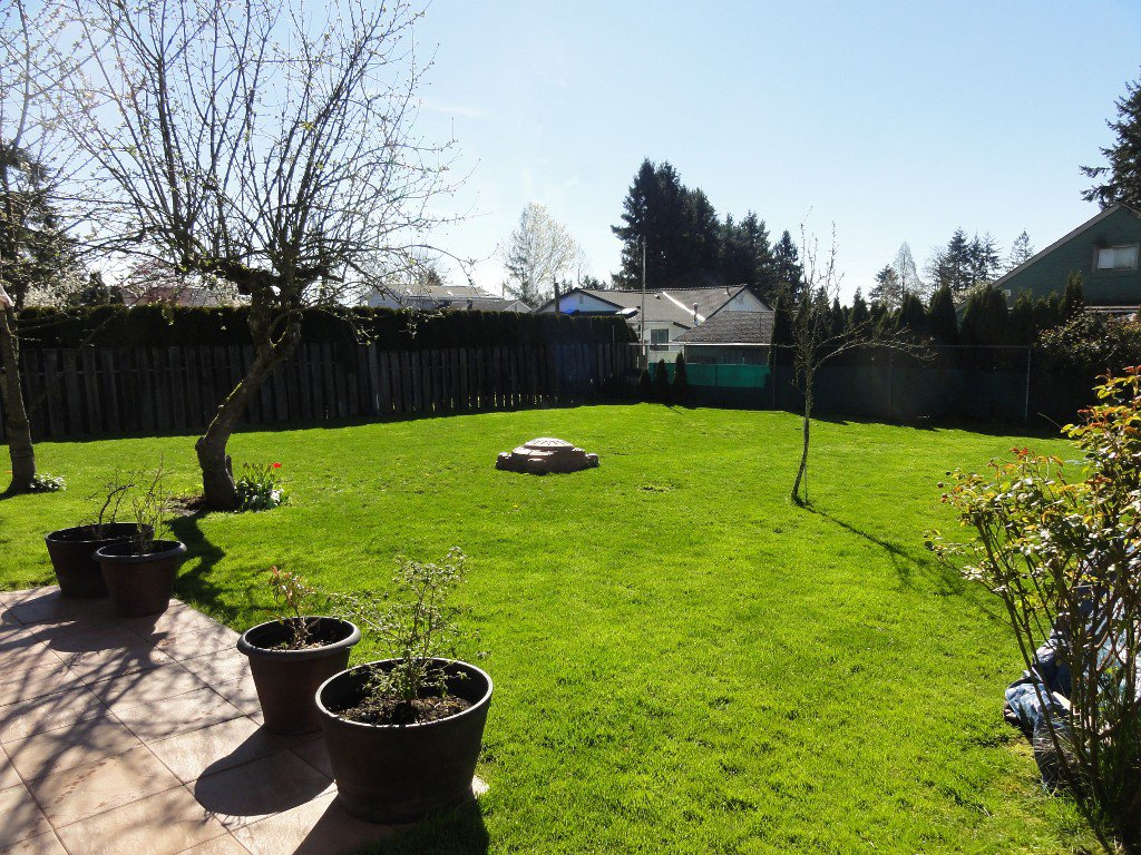 Photo 22: Photos: 17338 58A Avenue in Surrey: Cloverdale BC House for sale (Cloverdale)  : MLS®# R2050224