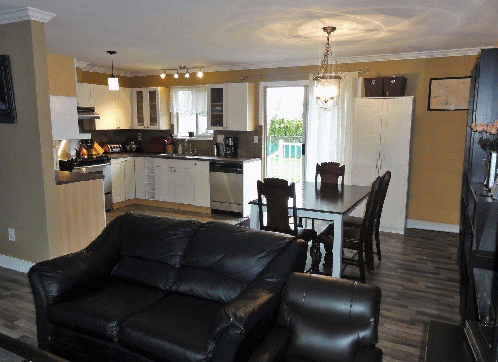 Photo 10: Photos: 17338 58A Avenue in Surrey: Cloverdale BC House for sale (Cloverdale)  : MLS®# R2050224
