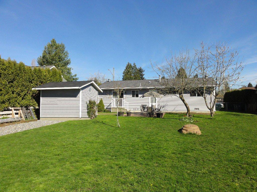 Photo 24: Photos: 17338 58A Avenue in Surrey: Cloverdale BC House for sale (Cloverdale)  : MLS®# R2050224