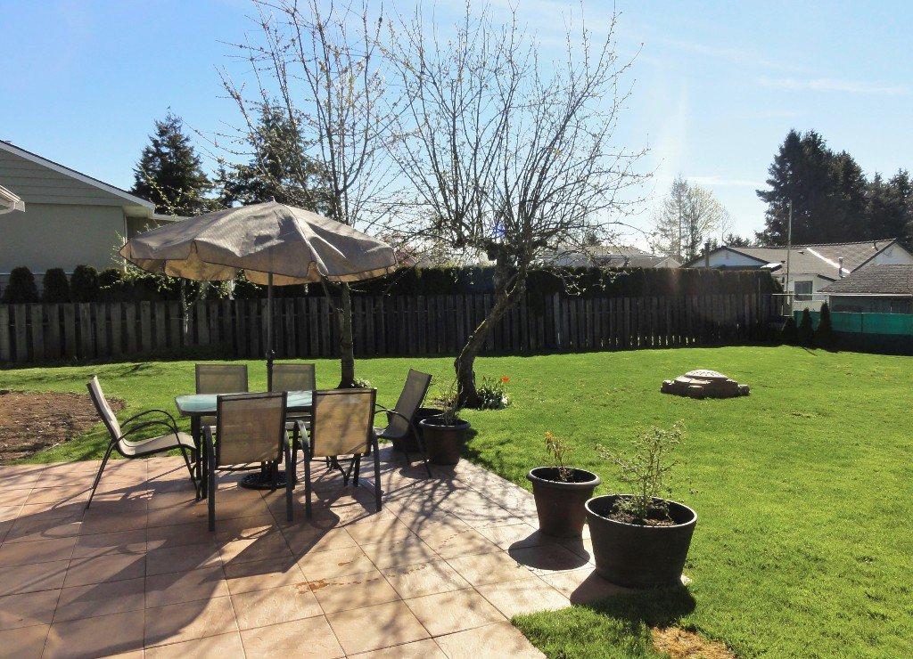 Photo 18: Photos: 17338 58A Avenue in Surrey: Cloverdale BC House for sale (Cloverdale)  : MLS®# R2050224