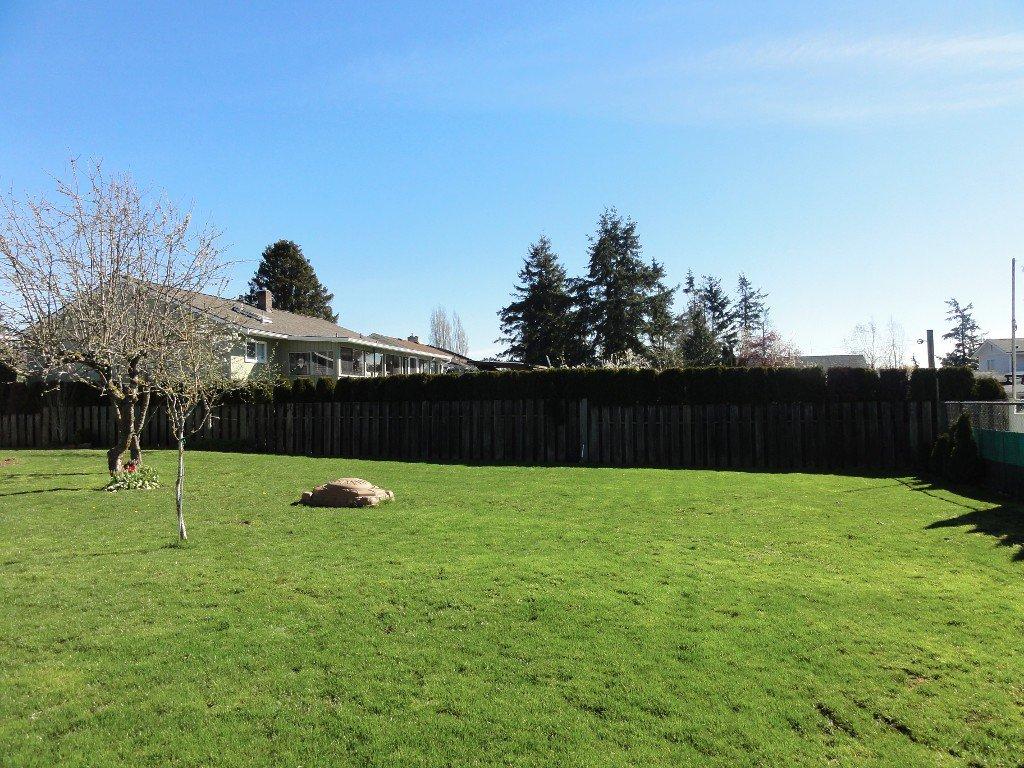 Photo 21: Photos: 17338 58A Avenue in Surrey: Cloverdale BC House for sale (Cloverdale)  : MLS®# R2050224