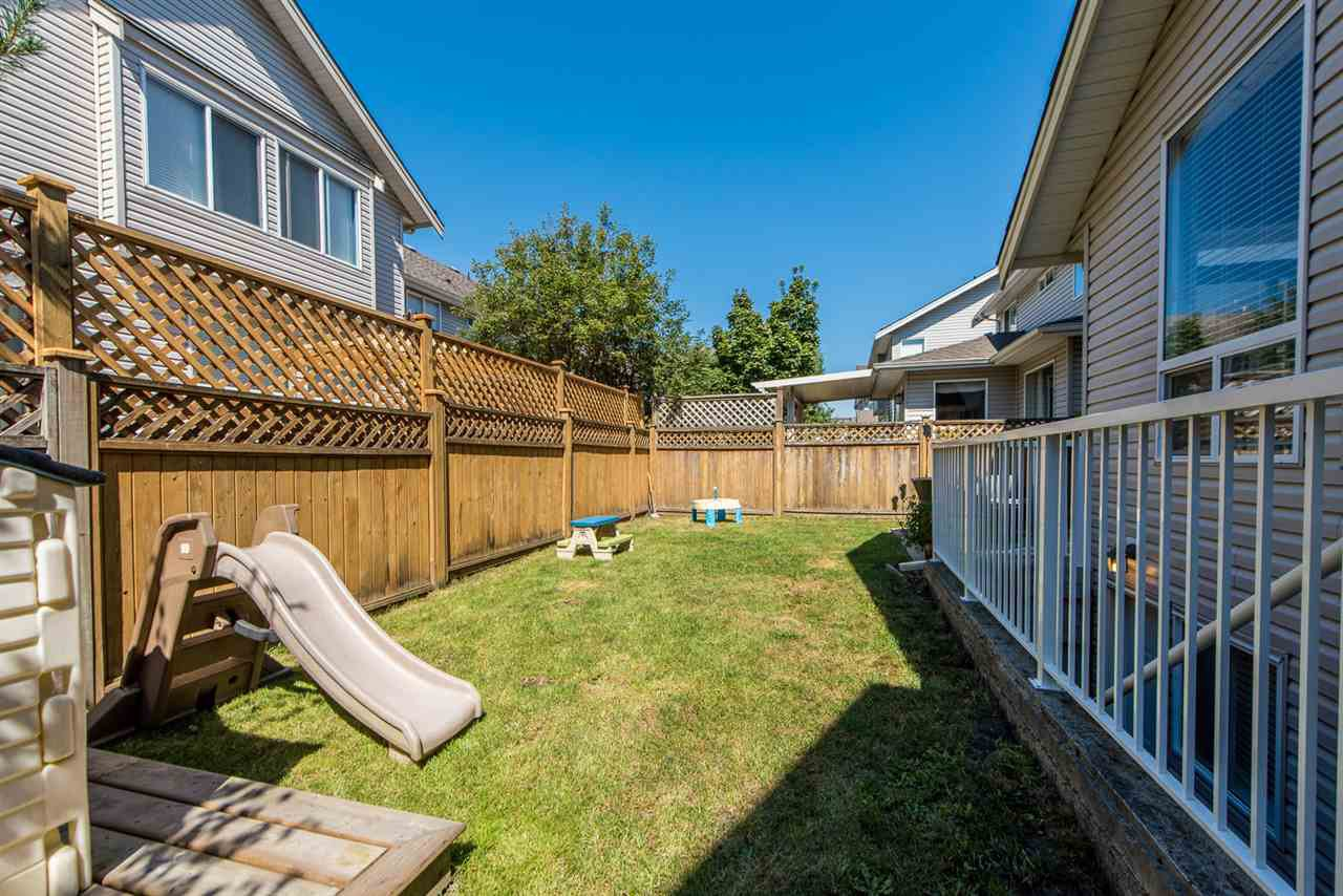 "Photo 19: Photos: 8197 212 Street in Langley: Willoughby Heights House for sale in ""YORKSON"" : MLS®# R2102079"