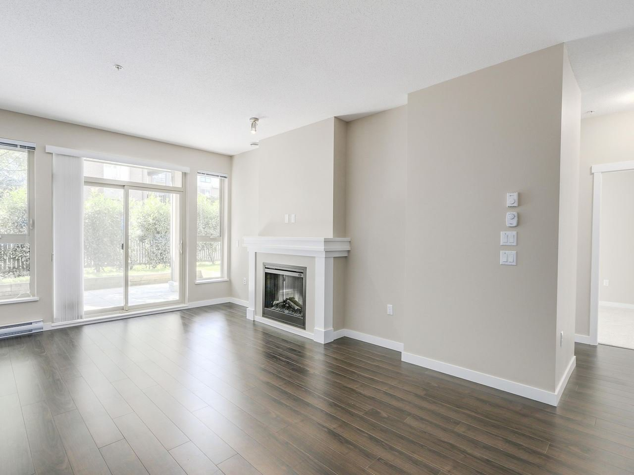 """Photo 2: Photos: 108 1150 KENSAL Place in Coquitlam: New Horizons Condo for sale in """"Windsor Gate"""" : MLS®# R2102595"""