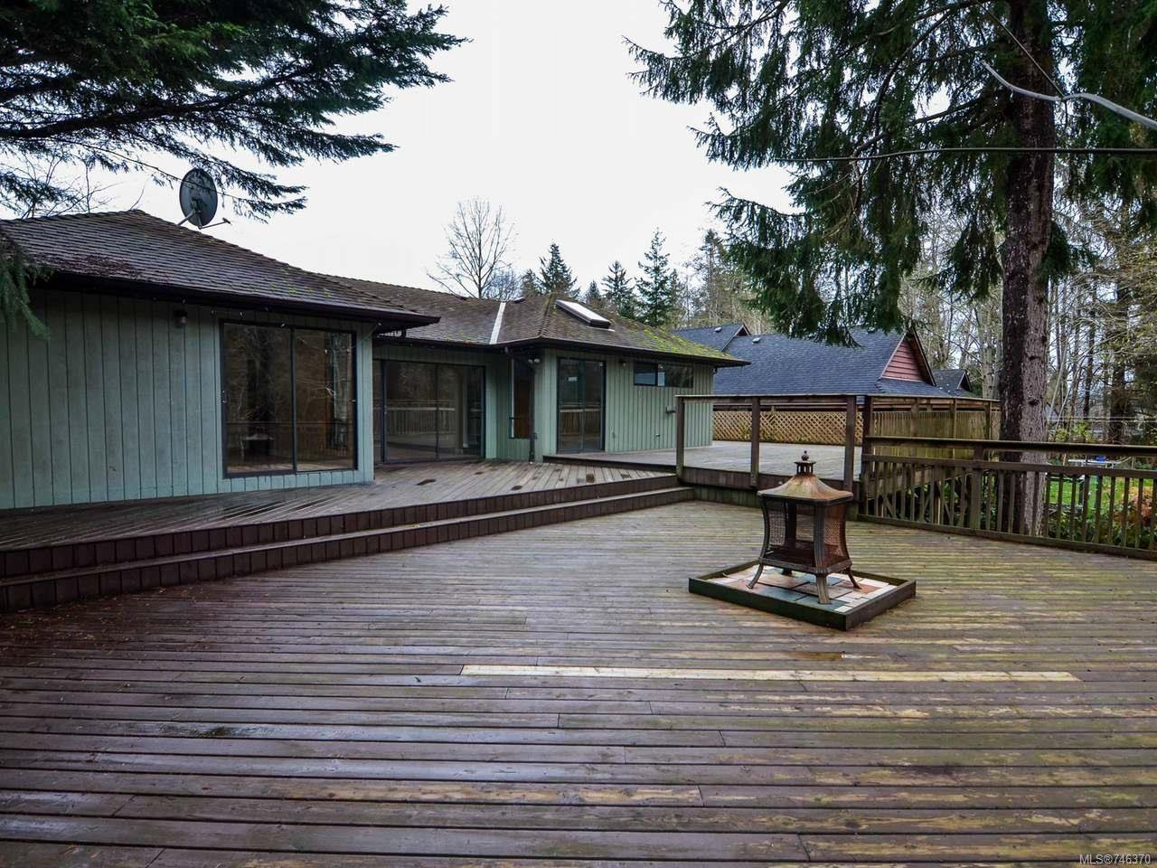 Photo 11: Photos: 1720 Galerno Rd in CAMPBELL RIVER: CR Campbell River Central House for sale (Campbell River)  : MLS®# 746370