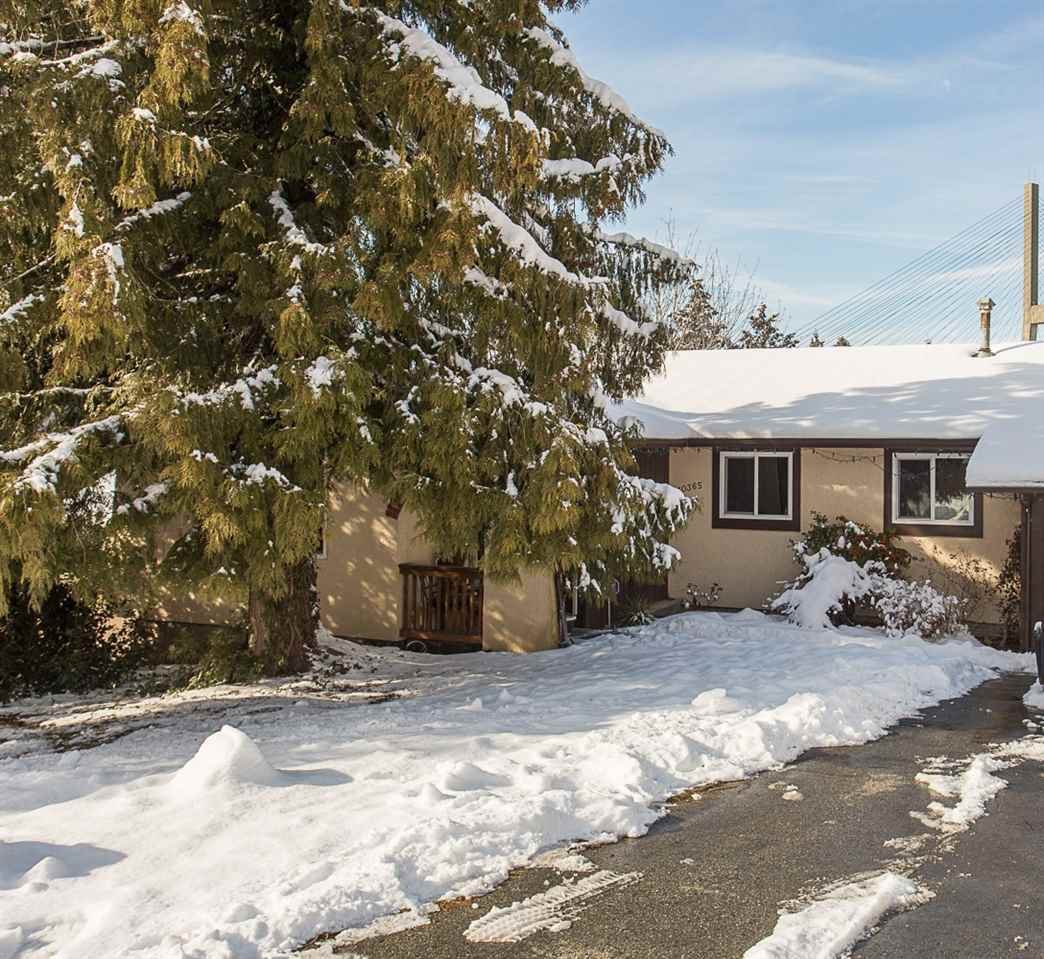"Main Photo: 10365 SKAGIT Drive in Delta: Nordel House for sale in ""SUNBURY PARK"" (N. Delta)  : MLS®# R2137423"