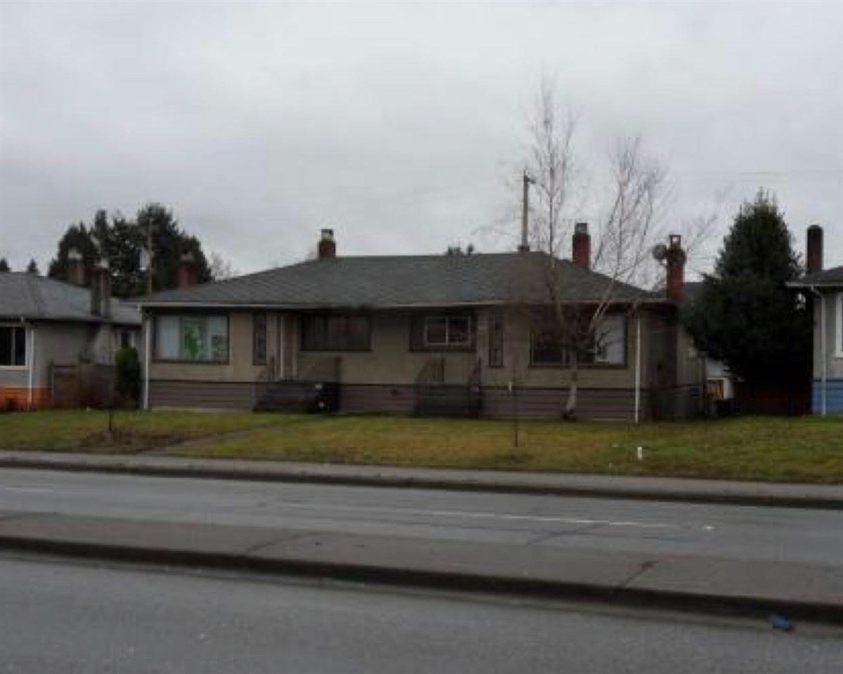 Main Photo: 2518 S GRANDVIEW Highway in Vancouver: Renfrew Heights Condo for sale (Vancouver East)  : MLS®# R2153655