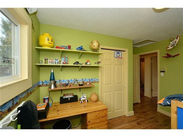Photo 21: Photos: 16 GLENWOOD Court: Cochrane House for sale : MLS®# C4109364