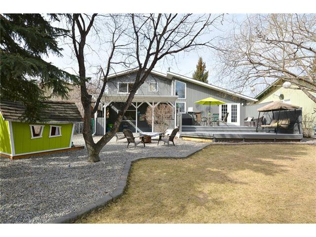 Photo 38: Photos: 16 GLENWOOD Court: Cochrane House for sale : MLS®# C4109364
