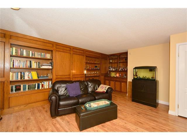 Photo 27: Photos: 16 GLENWOOD Court: Cochrane House for sale : MLS®# C4109364