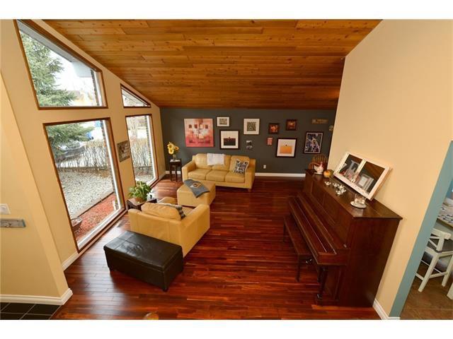 Photo 5: Photos: 16 GLENWOOD Court: Cochrane House for sale : MLS®# C4109364