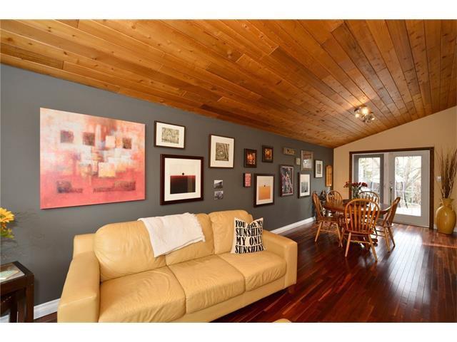 Photo 7: Photos: 16 GLENWOOD Court: Cochrane House for sale : MLS®# C4109364