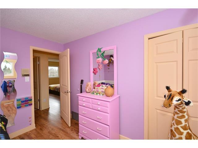 Photo 23: Photos: 16 GLENWOOD Court: Cochrane House for sale : MLS®# C4109364