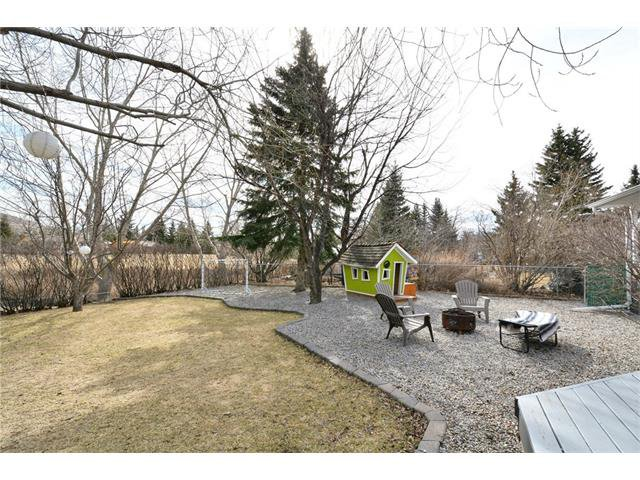 Photo 40: Photos: 16 GLENWOOD Court: Cochrane House for sale : MLS®# C4109364