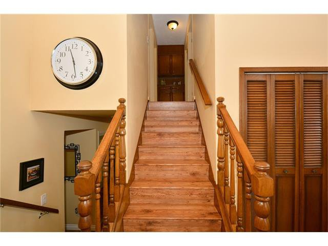 Photo 15: Photos: 16 GLENWOOD Court: Cochrane House for sale : MLS®# C4109364