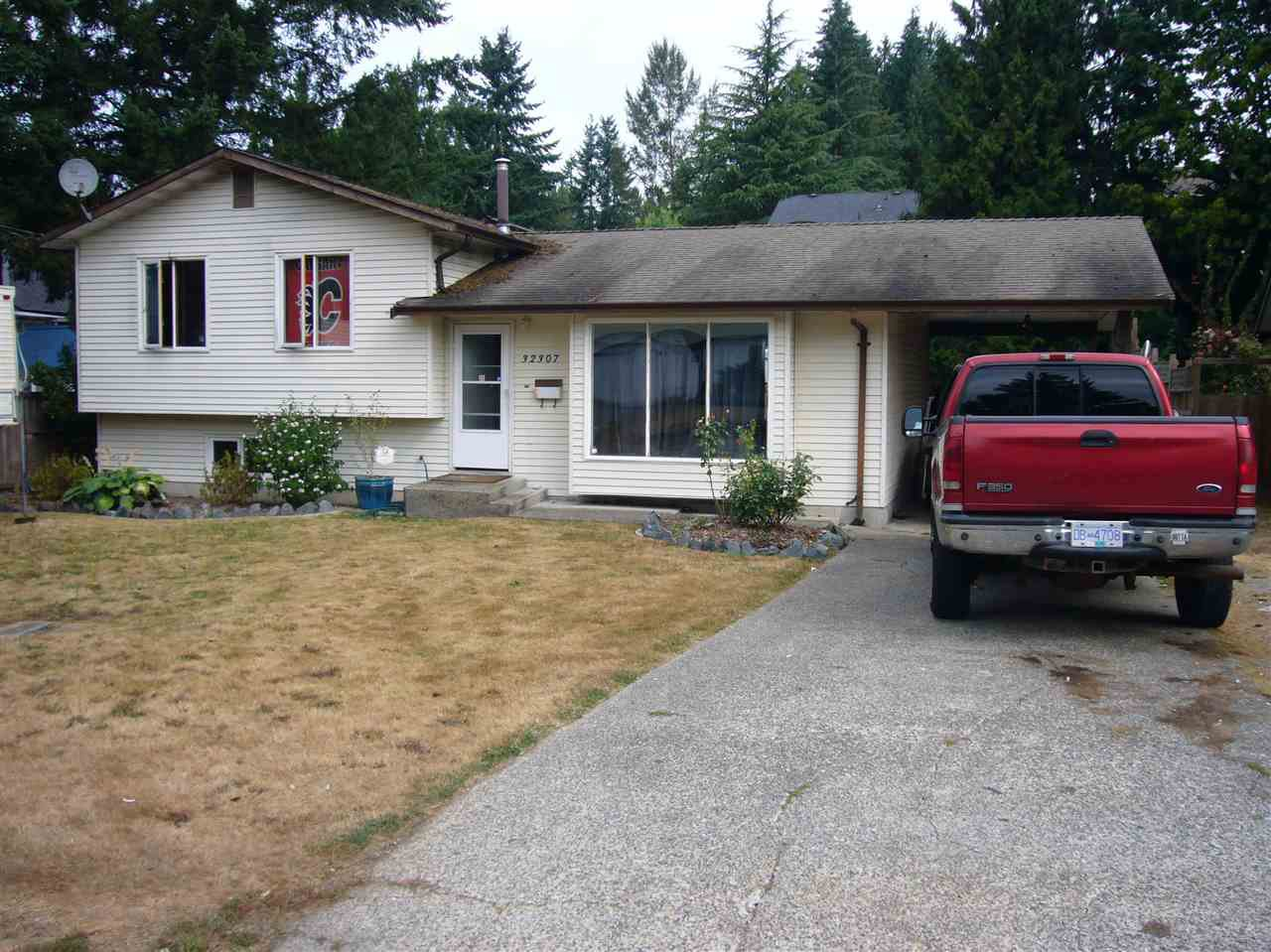 Photo 1: Photos: 32307 14TH Avenue in Mission: Mission BC House for sale : MLS®# R2196901