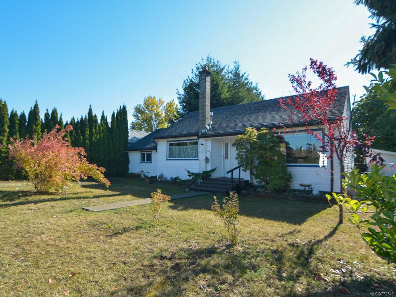 Main Photo: 2775 ULVERSTON Avenue in CUMBERLAND: CV Cumberland House for sale (Comox Valley)  : MLS®# 772546