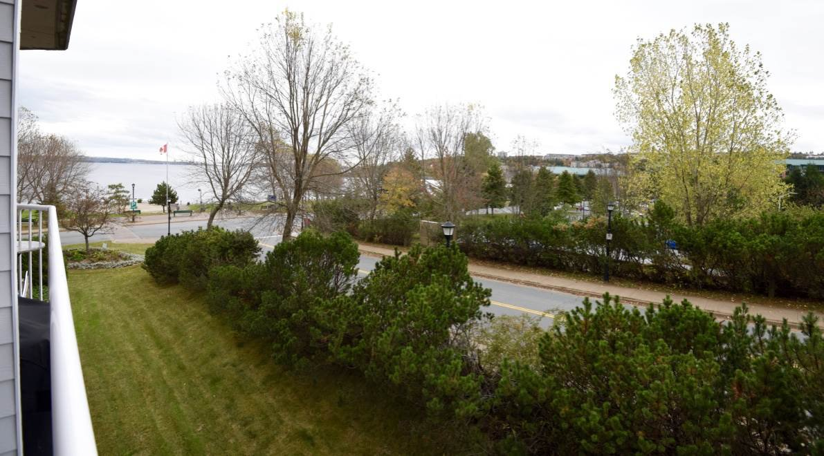 Photo 3: Photos: 301 99 Waterfront Drive in Bedford: 20-Bedford Residential for sale (Halifax-Dartmouth)  : MLS®# 201725971