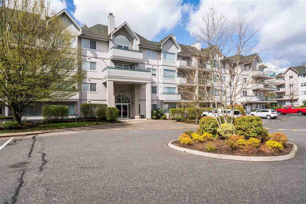 Main Photo: 114 33708 King Road in Abbotsford: Poplar Condo for sale : MLS®# R2214490