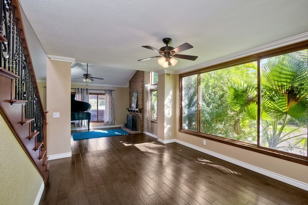 Photo 7: Photos: SCRIPPS RANCH House for sale : 4 bedrooms : 9820 Caminito Munoz in San Diego