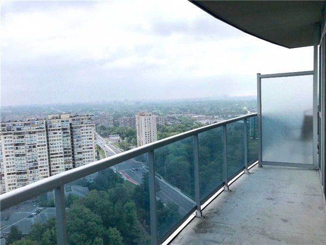 Photo 13: Photos: 2201 90 Absolute Avenue in Mississauga: City Centre Condo for lease : MLS®# W4223288