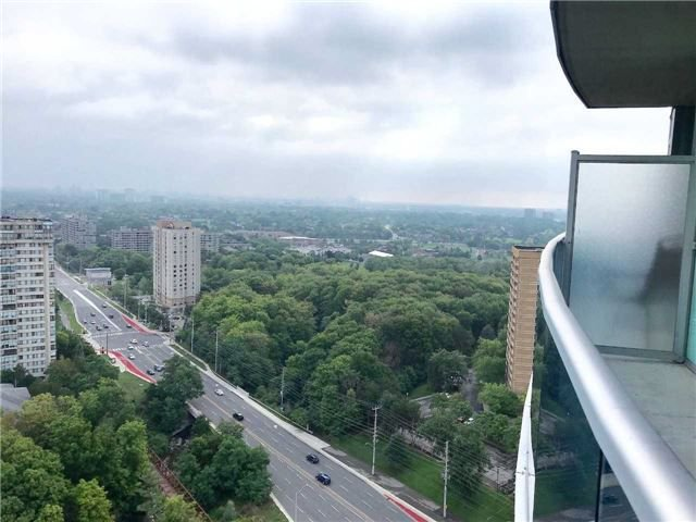 Photo 14: Photos: 2201 90 Absolute Avenue in Mississauga: City Centre Condo for lease : MLS®# W4223288