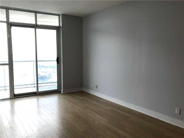 Photo 7: Photos: 2201 90 Absolute Avenue in Mississauga: City Centre Condo for lease : MLS®# W4223288