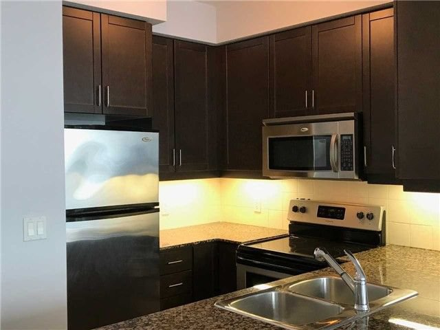 Photo 2: Photos: 2201 90 Absolute Avenue in Mississauga: City Centre Condo for lease : MLS®# W4223288