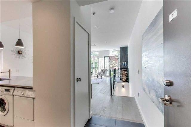 Photo 1: Photos: #101 34 Claremont Street in Toronto: Trinity-Bellwoods Condo for sale (Toronto C01)  : MLS®# C4247542