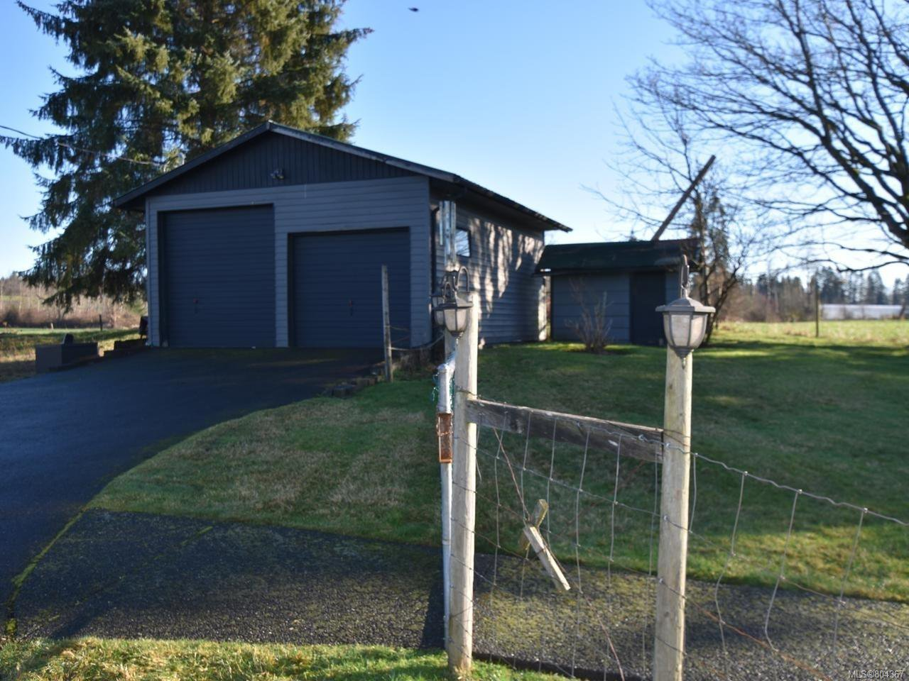 Photo 15: Photos: 5028 Headquarters Rd in COURTENAY: CV Courtenay North House for sale (Comox Valley)  : MLS®# 804367