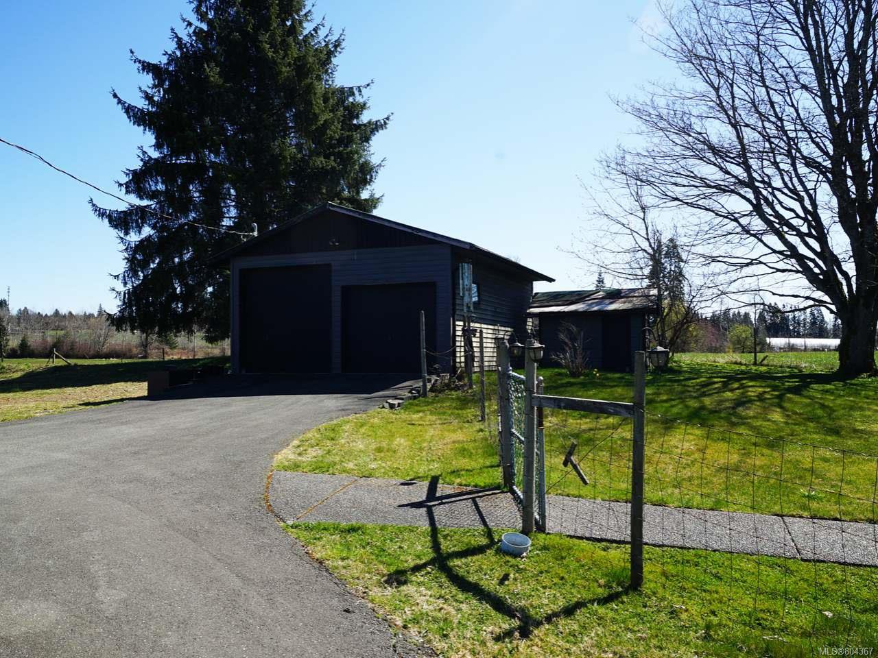 Photo 18: Photos: 5028 Headquarters Rd in COURTENAY: CV Courtenay North House for sale (Comox Valley)  : MLS®# 804367