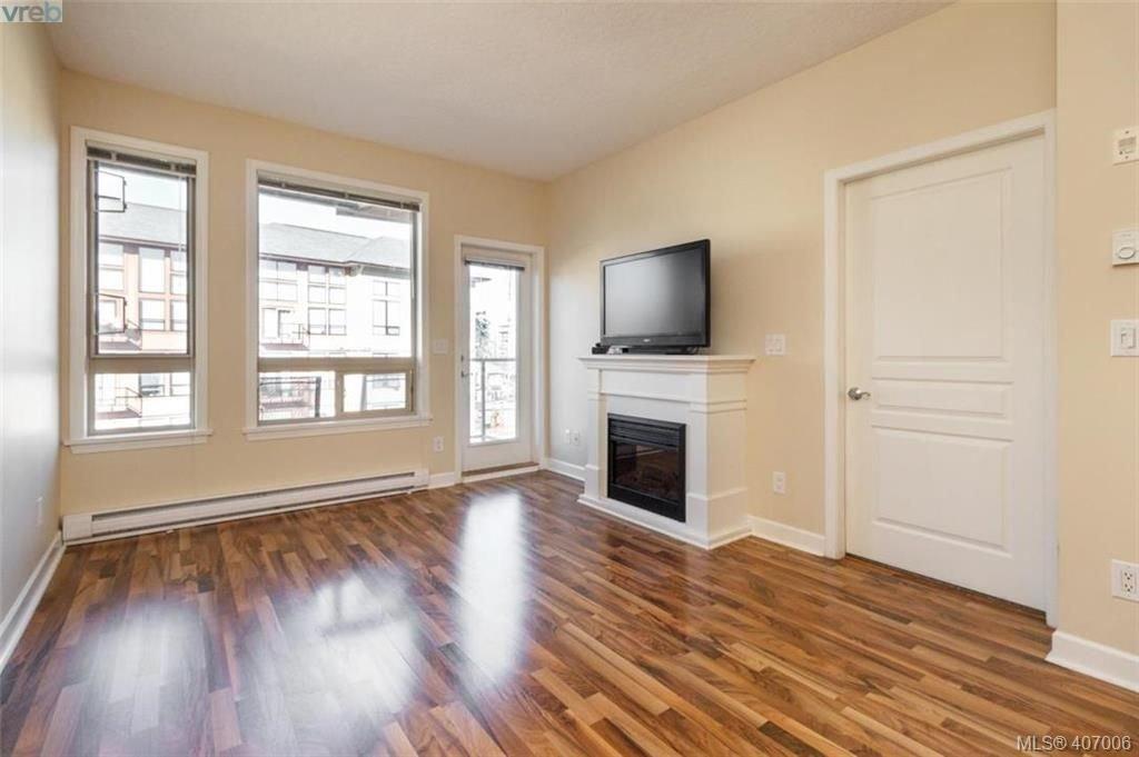 Main Photo: 408 825 Goldstream Ave in VICTORIA: La Langford Proper Condo Apartment for sale (Langford)  : MLS®# 808790