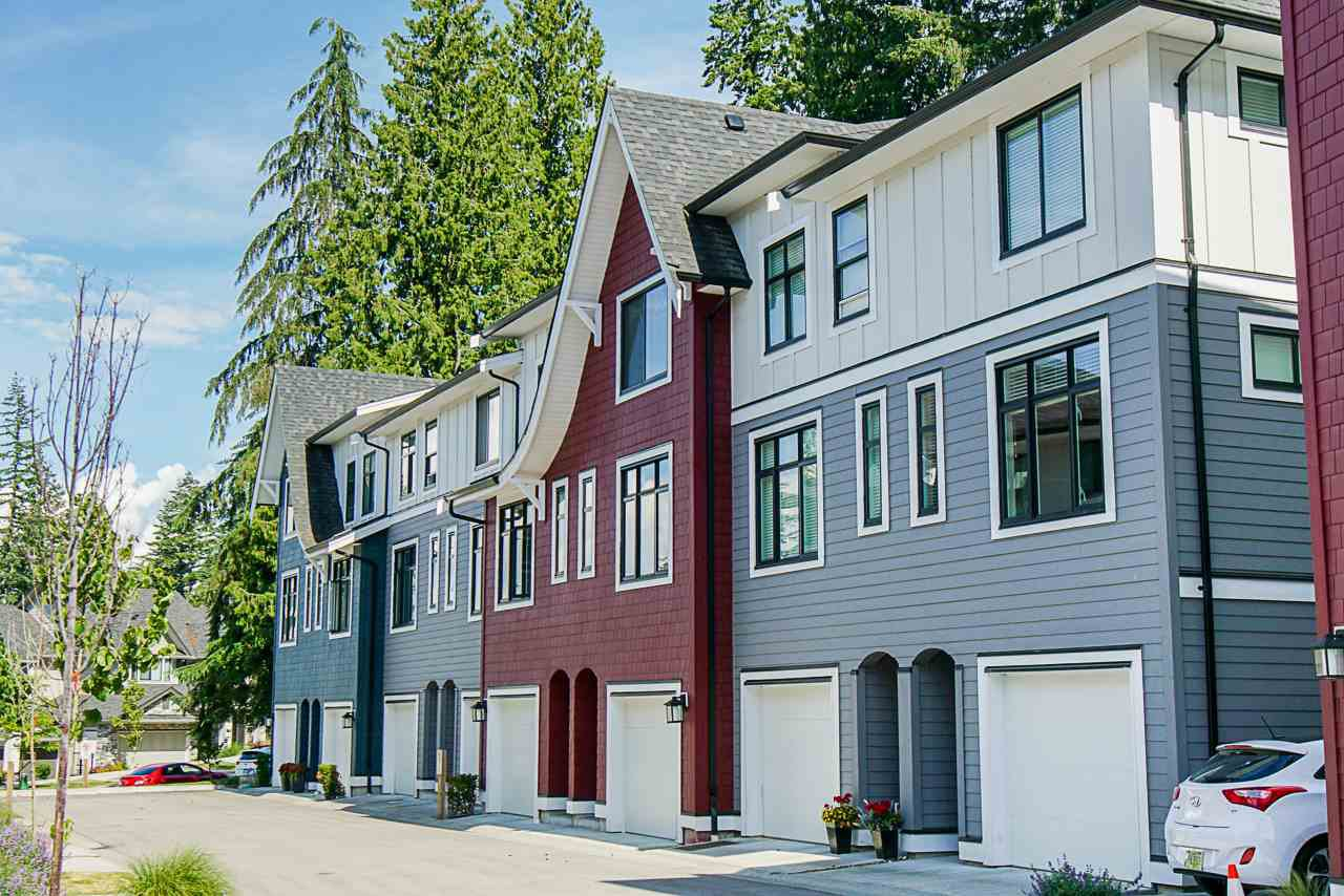 """Main Photo: 52 2888 156 Street in Surrey: Grandview Surrey Townhouse for sale in """"Hyde Park"""" (South Surrey White Rock)  : MLS®# R2384212"""