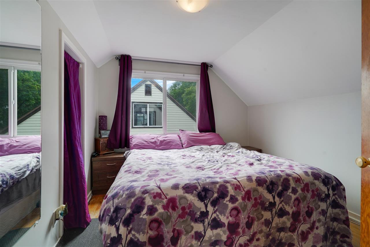 Photo 16: Photos: 12143 60 Street in Edmonton: Zone 06 House for sale : MLS®# E4164276