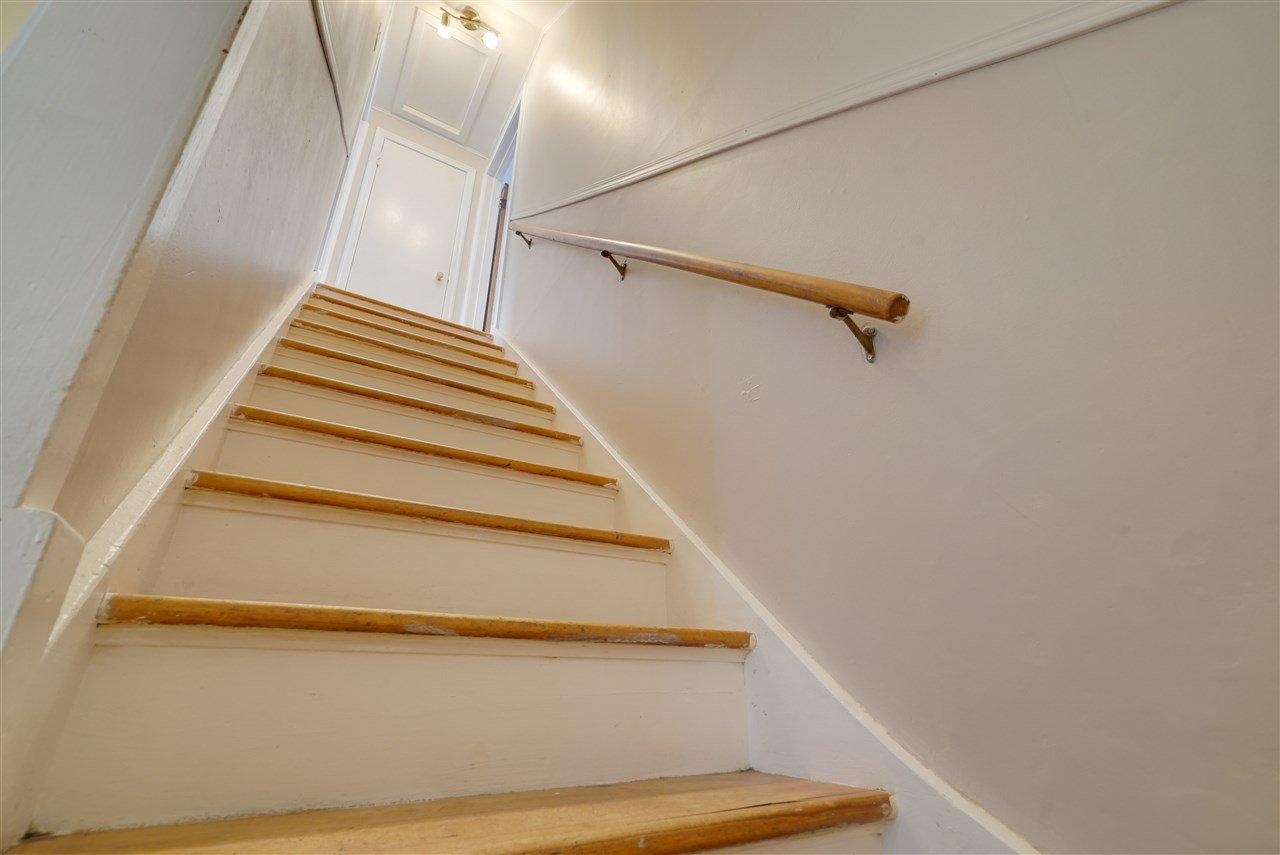 Photo 15: Photos: 12143 60 Street in Edmonton: Zone 06 House for sale : MLS®# E4164276