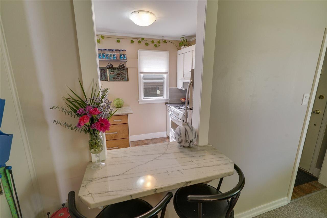 Photo 6: Photos: 12143 60 Street in Edmonton: Zone 06 House for sale : MLS®# E4164276
