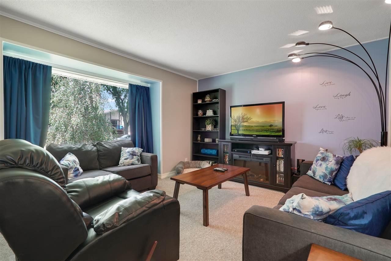 Photo 8: Photos: 12143 60 Street in Edmonton: Zone 06 House for sale : MLS®# E4164276