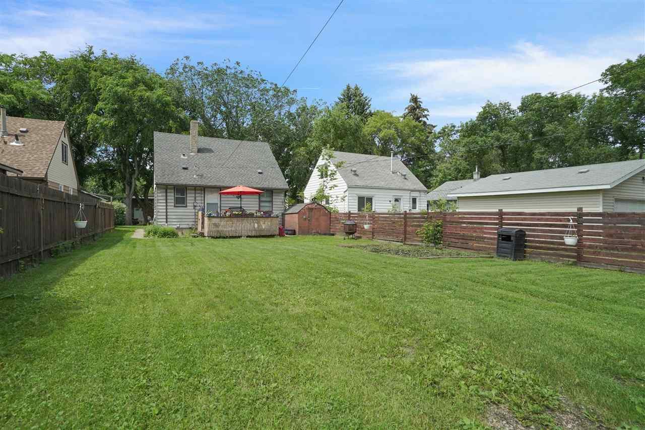 Photo 23: Photos: 12143 60 Street in Edmonton: Zone 06 House for sale : MLS®# E4164276