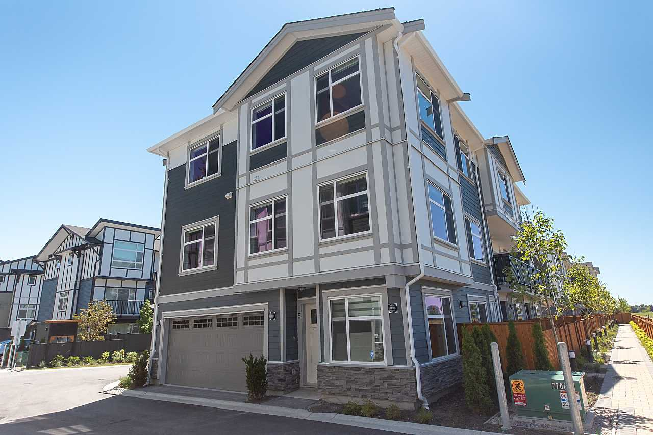 Main Photo: 8 9560 ALEXANDRA ROAD in Richmond: West Cambie Townhouse for sale : MLS®# R2378763